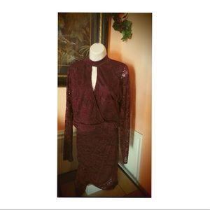 Women's 2 piece burgundy skirt set